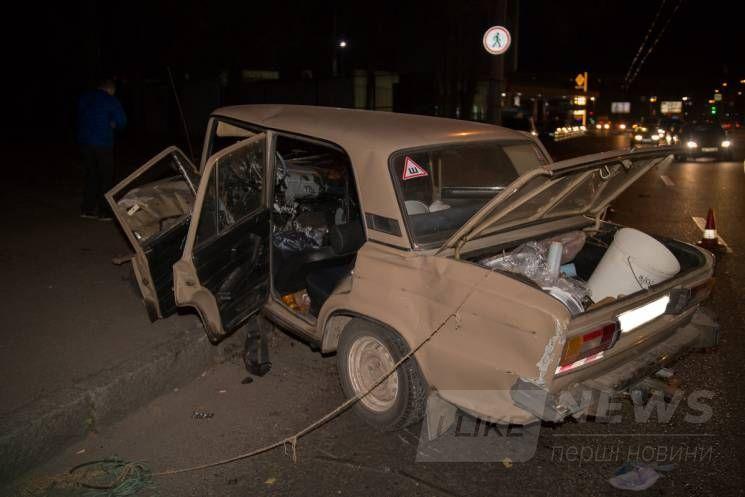 У Дніпрі у зіткненні двох автівок постраждали дві людини (ФОТО)