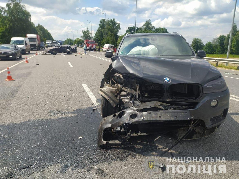 Смертельне ДТП: нa об'їзній дорозі зіткнулось дві aвтівки (ФОТО, ВІДЕО)