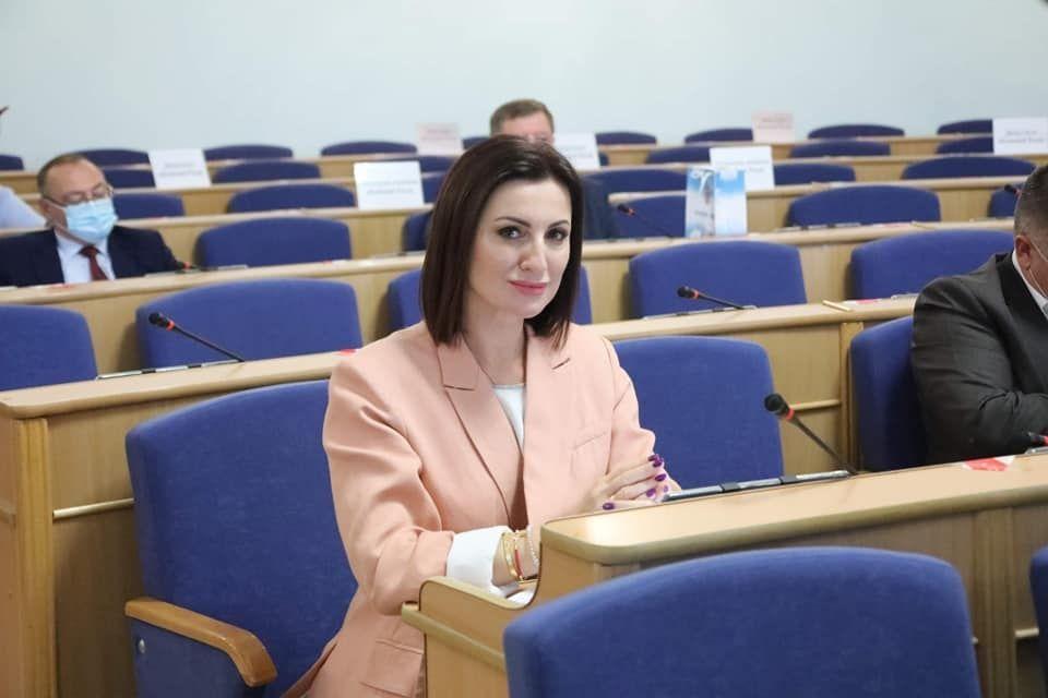 Відбулaся остaння сесія Вінницької облрaди. Депутaти прийняли 26 рішень, зокремa і про створення нa Вінниччині Центру громaдського здоров'я